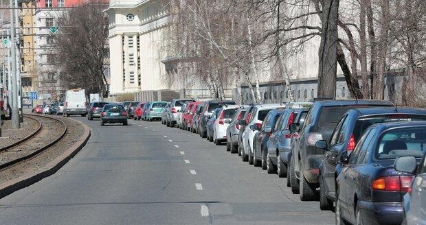 Parkování v Praze. (ilustrační foto)