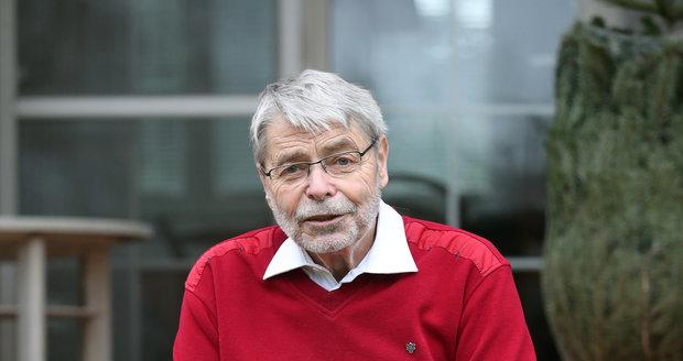 Radim Uzel, ikona české sexuologie, přední gynekolog, publicista a také autor kontroverzních výroků. I ve svém věku, řekněme, provokatér.