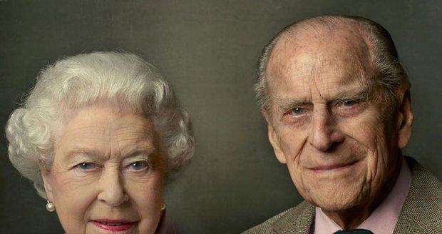 Portrét Alžběty II. a prince Philipa od Annie Leibovitzové