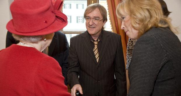Meky Žbirka se setkal s královnou Alžbětou v roce 2008.