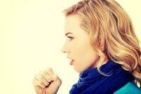 Babské rady na suchý kašel: Jak si poradit bez léků?