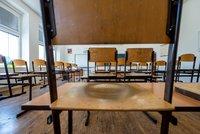 Průlomový rozsudek nad pražským gymnáziem: Otevírat zatím nemusí, soud vyhověl žádosti školy