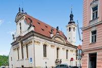 Kostel sv. Šimona a Judy bude mít v majetku pražský symfonický orchestr. Město ho koupilo za 100 milionů