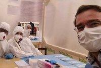Koronavirus ONLINE: Evropské ano další vakcíně. A ministr zdravotnictví náhle končí
