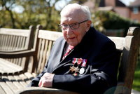 """""""Říkal jsem vám, že jsem starý."""" Rodina veterána Toma (†100) odhalila, jaký si přál odchod"""