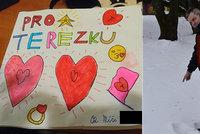 Míša (12) vyrobil pro Terezku (12) valentýnku: Ztratila ji! Dětskou lásku zachránil hasič