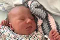 Gábinka se moc těšila na svět: Svou mámu do porodnice nepustila! Odrodila ji teta