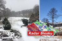 Nový sníh na jihozápadě Čech, hrozí i mrznoucí déšť. Sledujte radar Blesku
