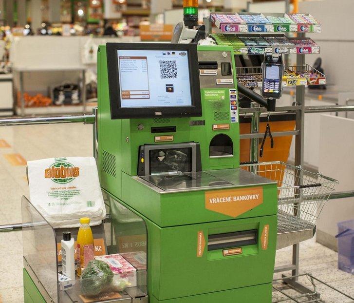 skenování QR kódu na platebním terminálu
