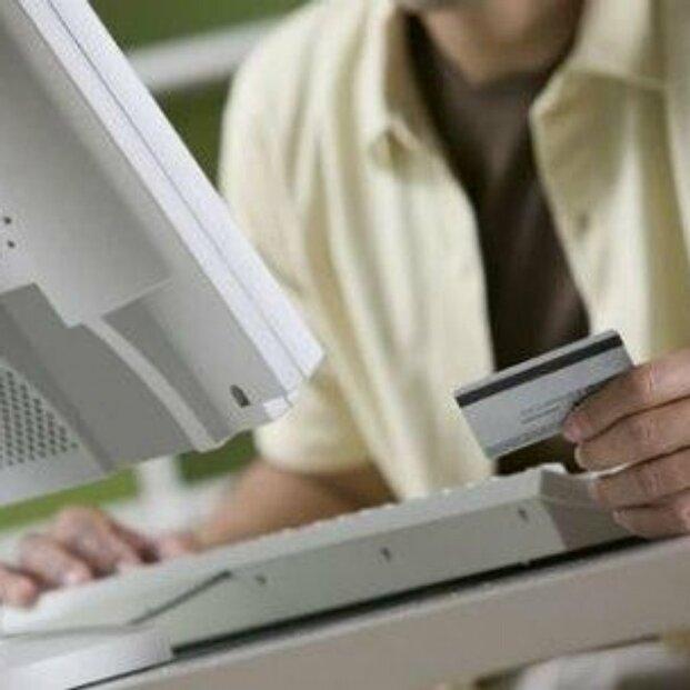 internetové obchody, nakupování, e-shopy, platební karta