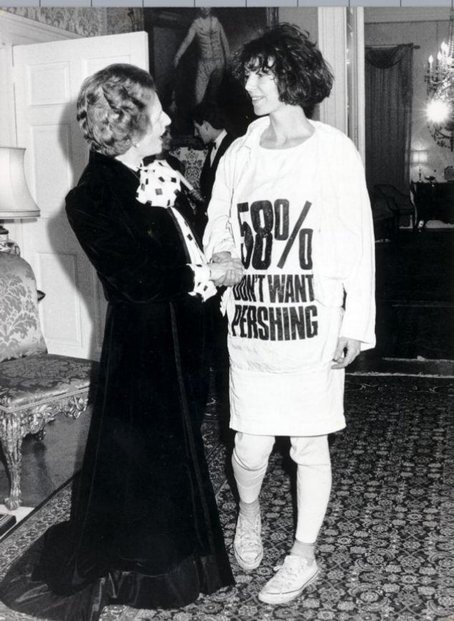 Katherine Hamnett a Margaret Thatcherová