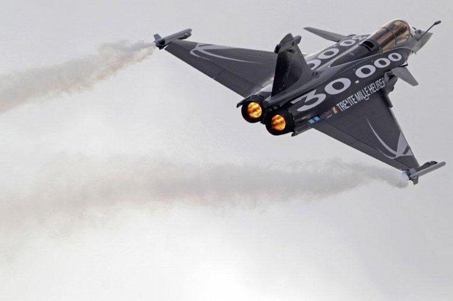 Rafale. Francouzský výrobce Dassault doufal, že představení jeho stíhačky zaujme hlavně indickou armádu