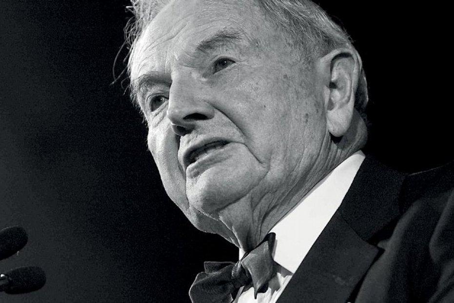 David Rockefeller drží odkaz dynastie dodnes. Svůj vliv rozšířil založením Trilaterální komise a Výboru pro mezinárodní vztahy (CFR) i jako jeden z lídrů skupiny Bilderberg.