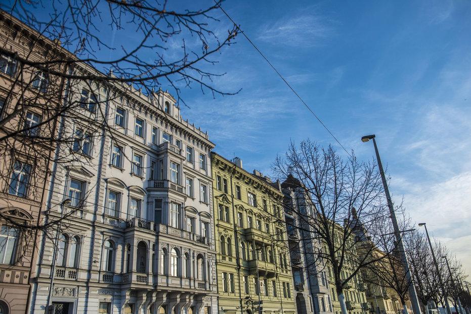 M&M reality patří mezi největší realitní kanceláře v Česku. Spekulace o své finanční nestabilitě popírá.