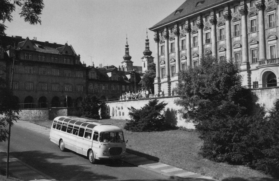Autobusový výlet v šedesátých letech