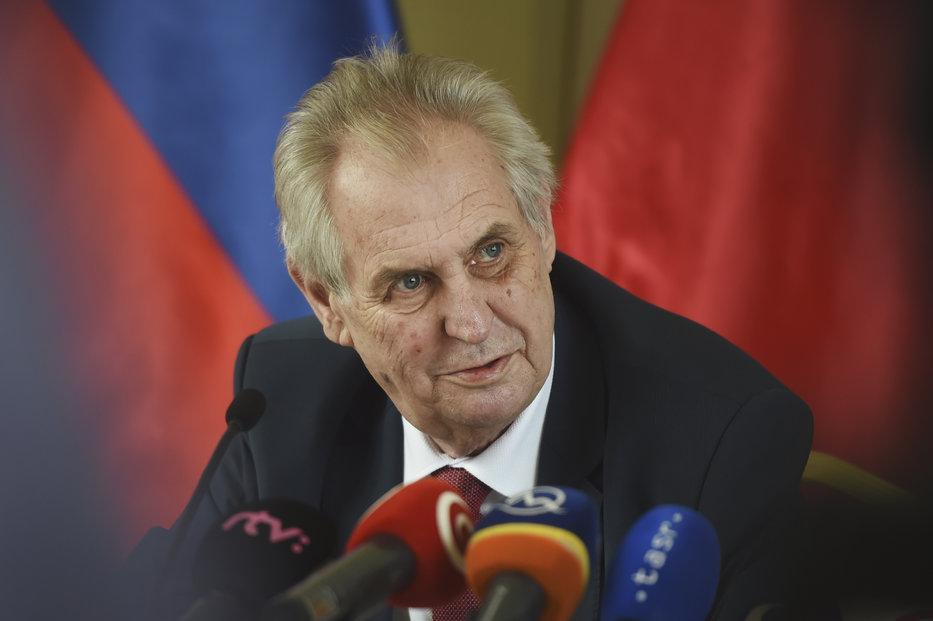 Zeman na tiskové konferenci při příležitosti Zemanovy návštěvy Slovenska