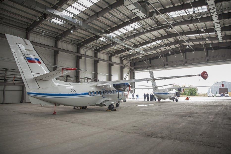 Přípravy na finální montáž letadel L-410 v závodě UZGA v Jekatěrinburgu