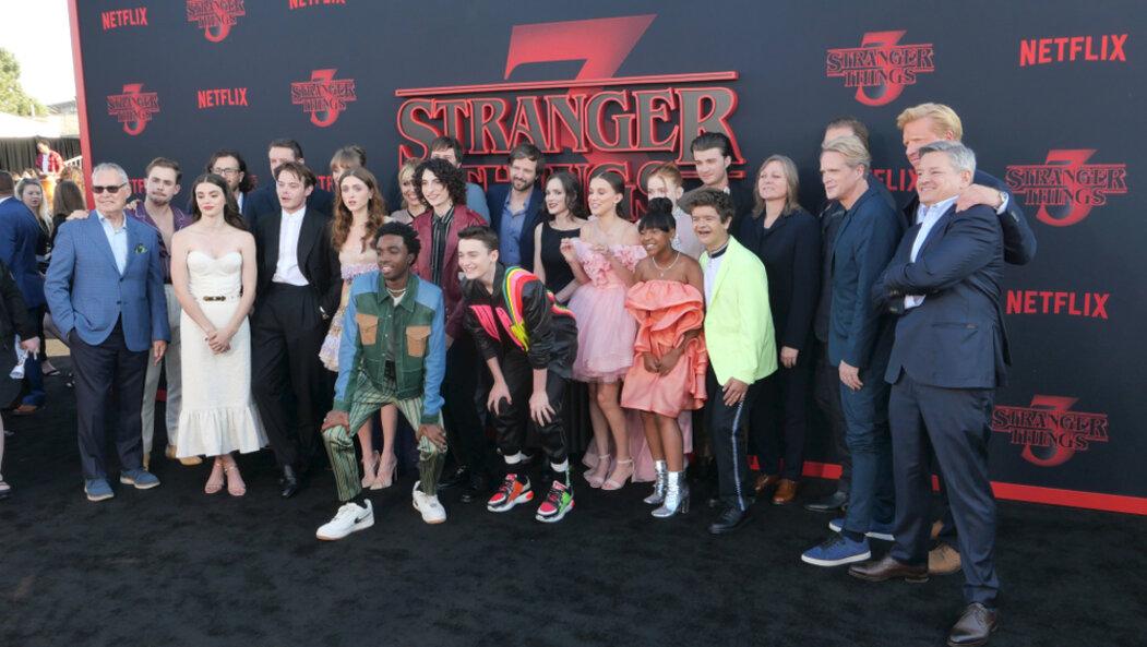 Stranger Things: Třetí řada je nejsledovanějším seriálem Netflixu   E15.cz