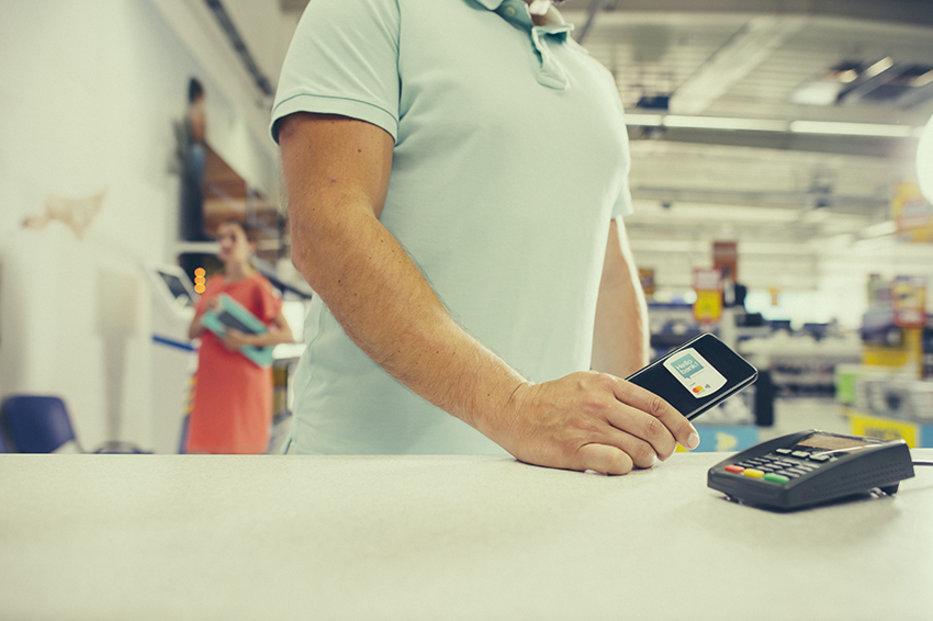 Do konsolidace půjček můžete zahrnout i kontokorent nebo úvěr na kreditní kartě.