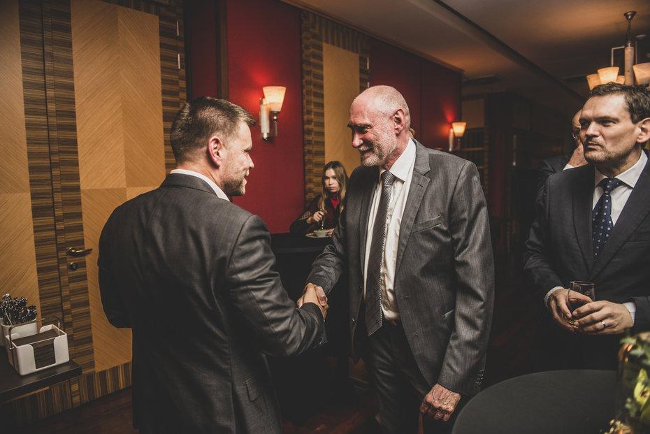 Šéf DPP Petr Witowski s Janem Prádlerem z T-Watt, Vladan Gallistl z E15
