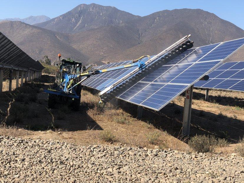 Firma Solek vznikla před devíti lety, během existence postavila zhruba dvacet fotovoltaických elektráren s výkonem přes 36 megawattů.
