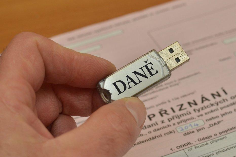 Elektronické podání daňového přiznání, ilustrační foto