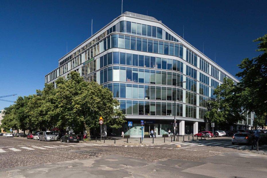 Jednu z akvizic CPI PG ve Varšavě představuje kancelářská budova Green Corner.
