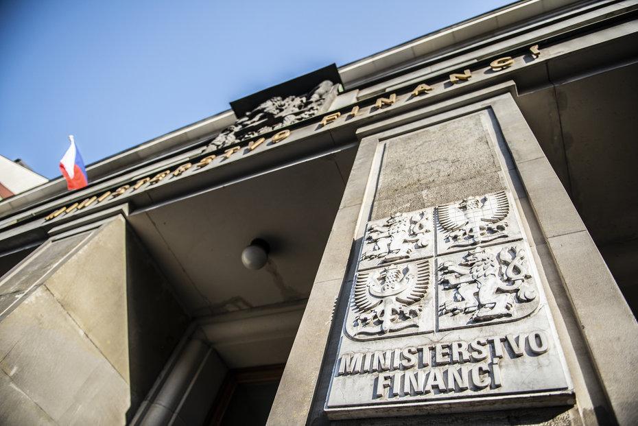 Ministerstvo financí navrhlo zpřísnění podmínek pro vydávání dluhopisů.