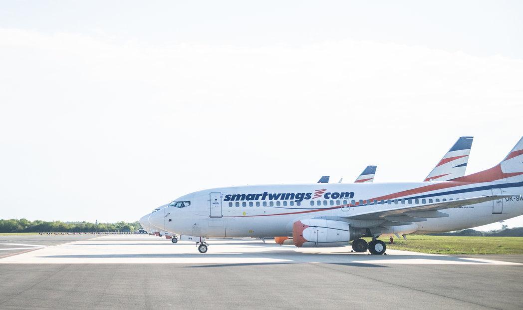 Odstavená dopravní letadla aerolinek Smrtwings a ČSA na Letišti Václava Havla v Praze v době pandemie koronaviru (květen 2020)
