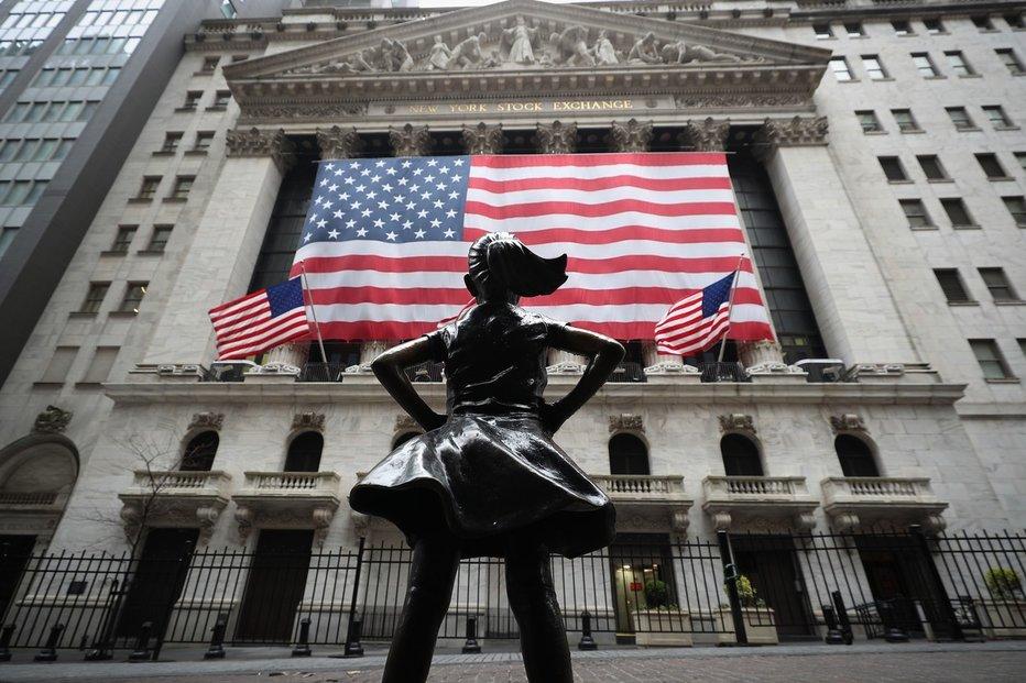 Sídlo hlavní americké burzy na Wall Street v New Yorku