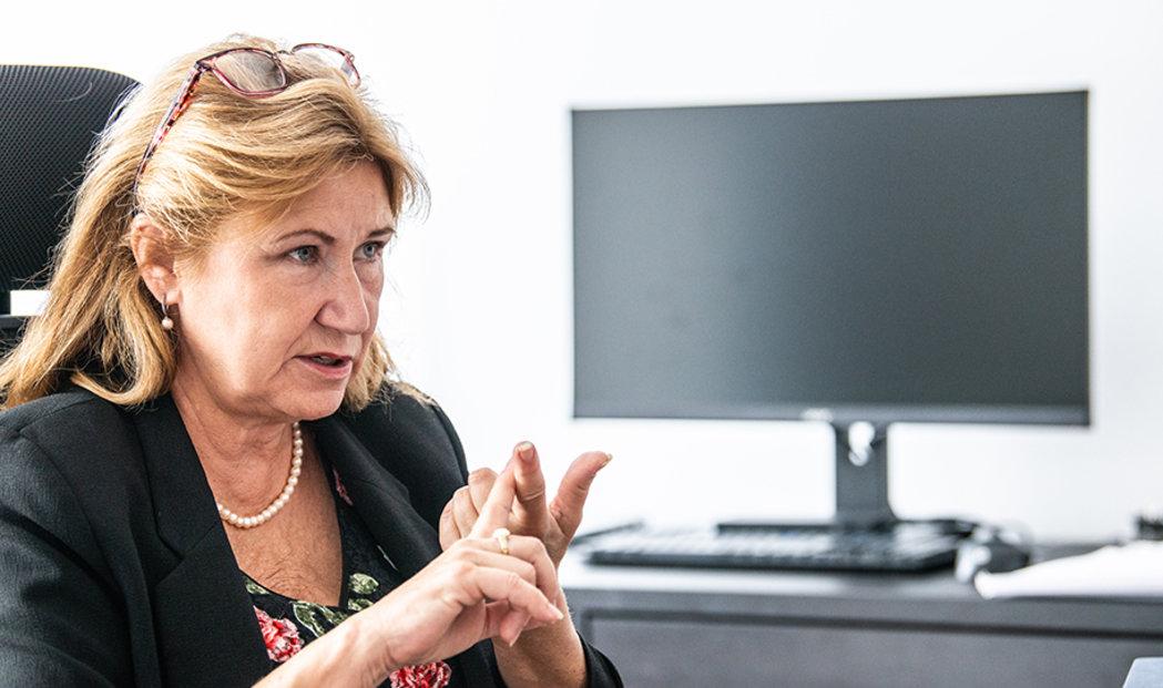 Přední česká ekonomka Eva Zamrazilová. Od ledna 2018 předsedá Národní rozpočtové radě.