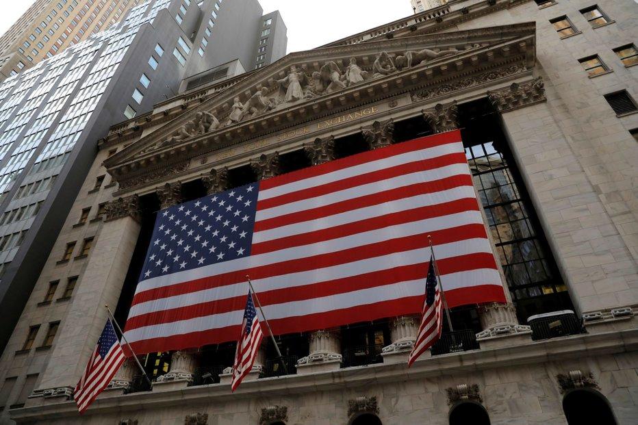 Povolební nejistota americkým akciím svědčila. Newyorská burza výrazně rostla.