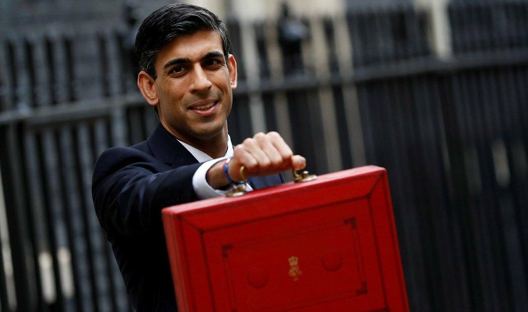 Britský ministr financí Rishi Sunak chce vyjednat výjimku pro velké londýnské banky.