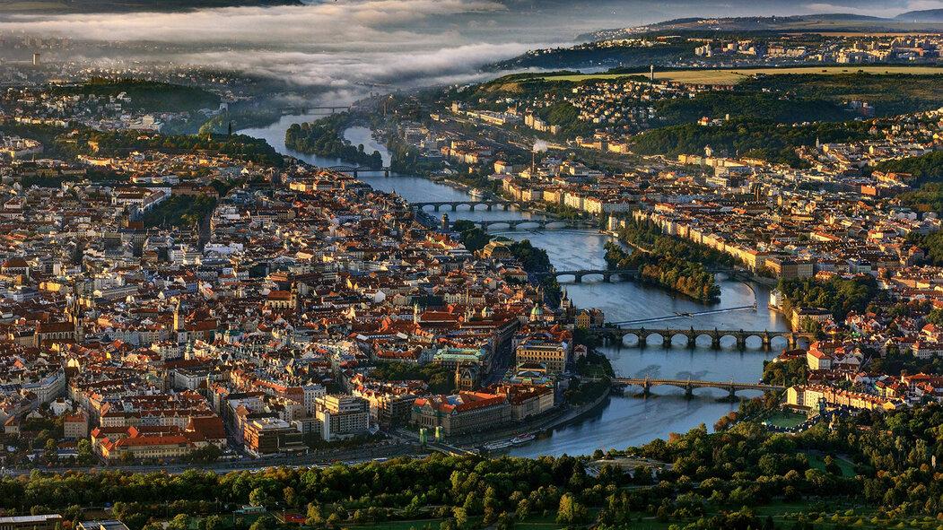 Pražské mosty drží jednotný koncept bez konstrukce nad mostovkou