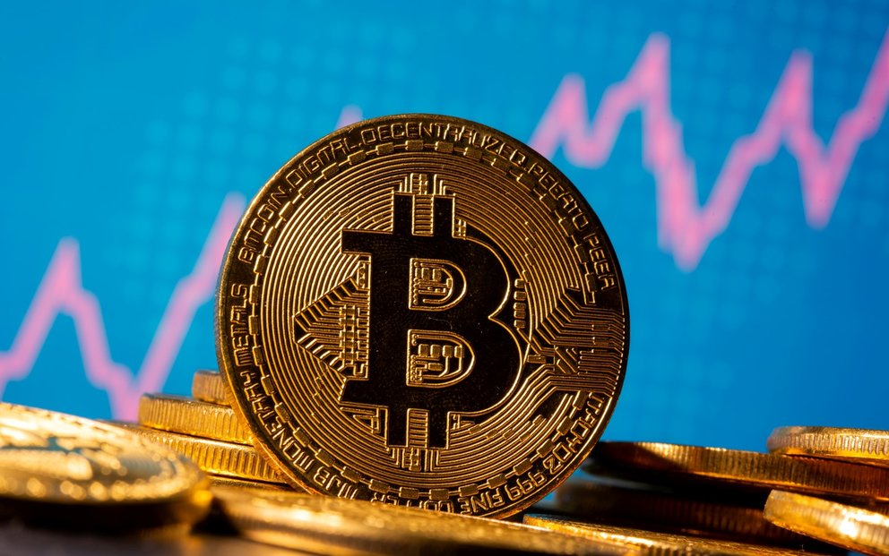 Kryptoměna bitcoin zaznamenala rekordní růst