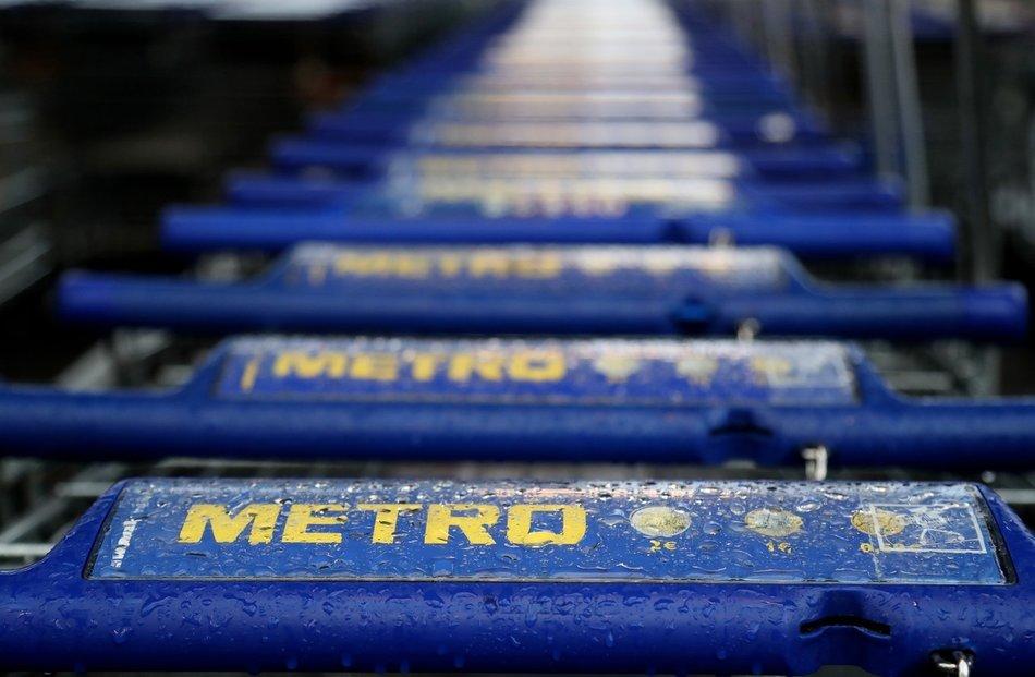 Křetínský s Tkáčem nakoupili akcie Metra za více než osm miliard. Vlastní podíl přes 40 procent.
