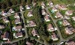 Ceny rodinných domů rostou dvakrát rychleji než u bytů, tempo přesahuje třináct procent
