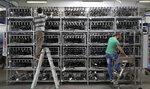 Těžba bitcoinu spotřebuje oproti těžbě zlata dvojnásobek energie, ukázala studie