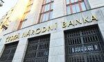 Čistý zisk bank klesl letos o 400 milionů korun, uvedla ČNB