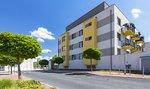 Na nový byt si podle studie vydělává Pražan nejdéle z metropolí v regionu