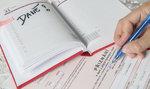 Stát zřejmě o měsíc prodlouží termín pro daňové přiznání