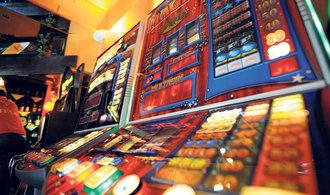 Síť heren a kasin miliardáře Periče zkrachovala. Firmu položila regulace hazardu