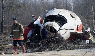 Polský letoun s Kaczyńským havaroval kvůli chybě pilota, ne atentátu, vyplývá ze znaleckých závěrů