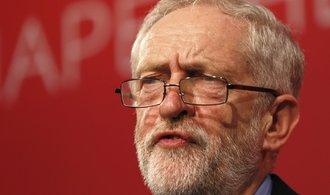 Maximální mzda? Šéf labouristů Corbyn chce v Británii zastropovat výši příjmu