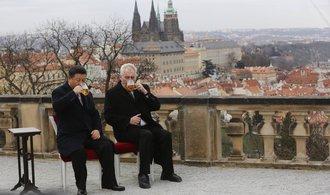 Číňané v České republice mluví, v západní Evropě investují