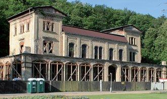 Oprava legendární Šlechtovky v pražské Stromovce se opět zpozdí