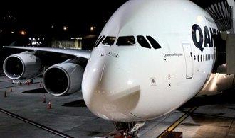 Problémy s Airbusem A380 nekončí, objednávky chce zrušit také Qantas