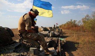 Na Donbasu se opět bojuje, intenzívní ostřelování hlásí obě strany