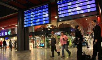 Právníci SŽDC lámou hůl nad italskými nájemci Hlavního nádraží, Grandi Stazioni hrozí soudním kolotočem