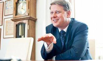 Sobotka má plán B, když Prouzu na ministra průmyslu neprosadí